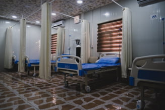Peste 1.000 de paturi de terapie intensivă COVID disponibile în România. Unde se mai găsesc puținele locuri libere