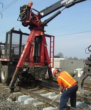 Peste 10.000 de angajati din sectorul feroviar privat ar putea intra in somaj