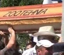 Peste 10.000 de fermieri protesteaza marti, la Cluj