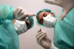 Peste 10.000 de medici au plecat din Romania, din 2007