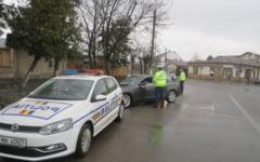 Peste 100 de amenzi, aplicate in weekend pentru nereguli in trafic