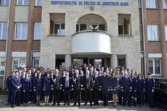 Peste 100 de politisti de la IPJ Alba au fost AVANSATI in GRAD. Cetateanul Radu Marta a primit o diploma, pentru spirit civic