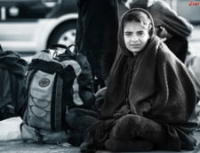 Peste 11.000 de migranti rromi au fost evacuati cu forta in Franta anul trecut