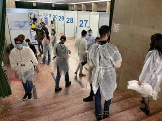 Peste 12.000 de persoane, vaccinate la Maratonul din Bucuresti. Vaccinarea continua pana luni, la ora 8.00