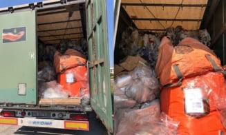 Peste 18,5 tone deseuri din diferite materiale transportate ilegal, oprite la P. T. F. Giurgiu