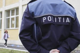 Peste 200 de gorjeni vor un post in politie