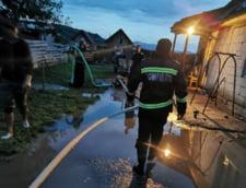 Peste 24.000 de angajati ai MAI actioneaza in sprijinul persoanelor afectate de fenomenele meteorologice si inundatii