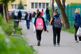 Peste 5.000 de profesori confirmați cu coronavirus de la începutul anului școlar. Alți 3.300 de elevi, infectați doar în ultima săptămână