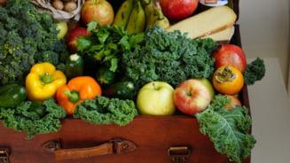 Peste 80% dintre romani arunca mancare. Fructele, legumele si painea, cele mai risipite alimente