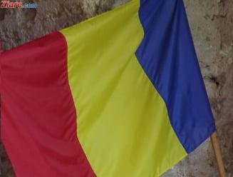 Peste 85% se declara mandri ca sunt romani, insa doar 30% arboreaza tricolorul