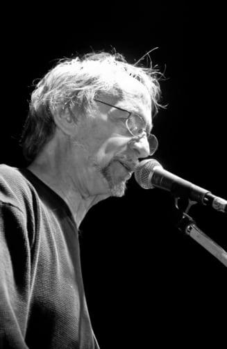 Peter Tork, basistul grupului The Monkees, a murit la varsta de 77 de ani