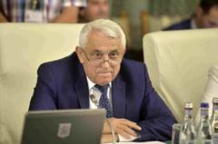 Petre Daea si-a sustinut bugetul in Parlament: Vrea bani pentru usturoi si bubaline. A primit aviz fara probleme