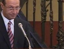 Petre Roman: Basescu este un miniom care ma acuza de impostura