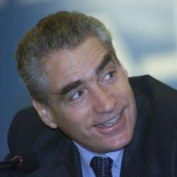 Petre Roman: PNL trebuie sa stranga din dinti in Opozitie
