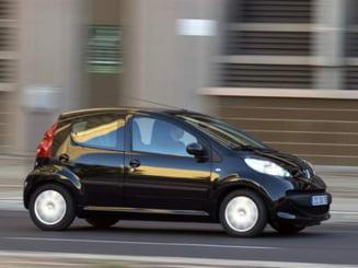 Peugeot Citroen recheama 90.000 de masini din cauza pedalei de acceleratie