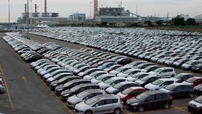 Piata auto europeana continua sa scada