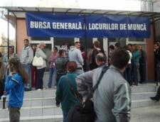 Piata muncii din Hunedoara incepe sa-si revina