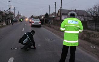 Pieton lovit de un autoturism, in timp ce se deplasa pe marginea drumului E85