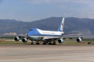 Pilotul Air Force One se retrage odata cu Bush