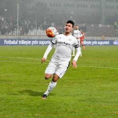 Piturca, sfaturi pentru Budescu: Fotbalul e mai bun acolo
