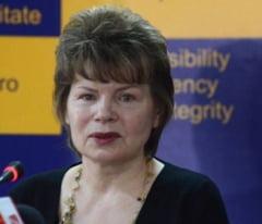 Pivniceru: Membrii CCR sa fie numiti de Parlament, Guvern si puterea judecatoreasca
