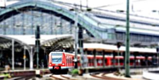 """Planul Guvernului pentru ca CFR sa """"deraieze"""" concurenta: trenuri noi si electrificare de linii ferate"""