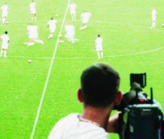 Planul patronilor de a forta vanzarea drepturilor TV