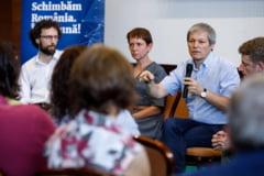 Platforma lui Ciolos critica numirile controversate din diplomatie: Este un sistem bazat pe clientelism si pe nepotism