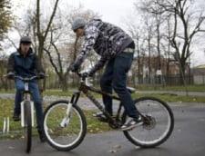 Plimbari gratuite cu bicicletele primariei, in parcurile Kiseleff si Bazilescu