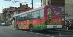 Plimbari si distractie pentru micutii brasoveni in Autobuzul Pepe, pe linia 17