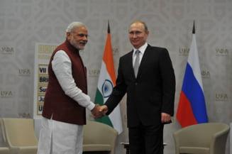Poate asa se potoleste: Vladimir Putin se apuca de yoga