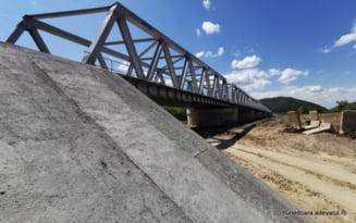 Pod spectaculos peste Mures, de pe noua cale ferata din vestul Romaniei VIDEO