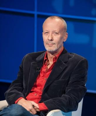 Poetii Dan Sociu si Andrei Dosa refuza premile ICR, Andrei Gheorghe returneaza premiul APTR. De ce? -Interviu