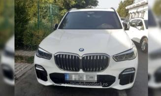 Polițiștii de frontieră au confiscat un SUV de 100.000 de euro căutat în Italia