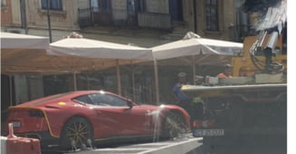 Poliția din Constanța i-a ridicat mașina celui mai excentric milionar român. Bolidul Ferrari era parcat neregulamentar