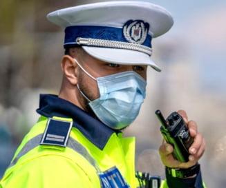 Poliția planifică să dubleze sancțiunile pentru circulația pe banda de urgență. Câte luni va fi retras permisul pentru mersul pe contrasens