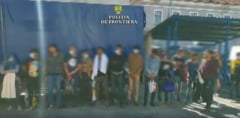Politia de Frontiera: 23 de cetateni din Siria, Palestina si Egipt, descoperiti intr-o autoutilitara, incercand sa treaca ilegal in Ungaria/ Este a doua tentativa in cateva zile