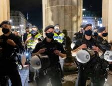 Politia din Berlin a arestat sute de participanti la protestele fata de restrictiile impuse in Germania in contextul pandemiei
