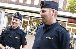 Politiei suedeze i s-a interzis sa ofere descrierea infractorilor, ca sa nu fie acuzata de rasism