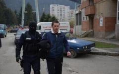 Politist de frontiera adus la DIICOT pentru audieri in cazul traficantilor de droguri de la Moldova Noua