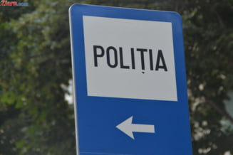 Politistii au stat in fata casei unde Alexandra era ucisa, asteptand un mandat de care nu aveau nevoie