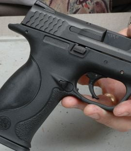 Politistii nemteni au confiscat 44 de arme detinute ilegal