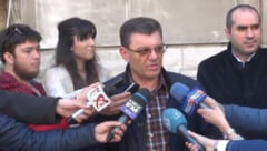 Politistii si-au incheiat protestul. Olguta Vasilescu le-a promis ca salariile se vor dubla din vara