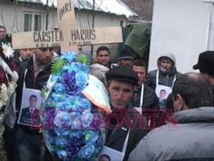Politistul Marius Carstea, inmormantat fara slujba