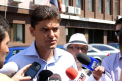 Politistul agresat de Cristian Boureanu cere despagubiri de 50.000 euro