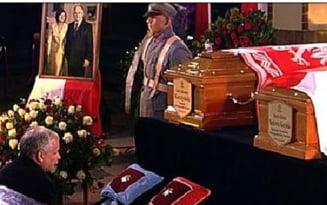 Polonia i-a inmormantat pe Lech si Maria Kaczynski (Galerie Foto)