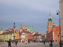 """Polonia inaspreste restrictiile, dupa un nou record de infectari si decese. Autoritatile au lansat un """"apel la responsabilitate'' catre preoti"""