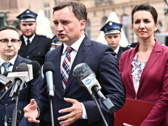 Polonia inchide ochii in fata agresiunii impotriva femeilor. Guvernul de la Varsovia se impotriveste lectiilor despre gen predate in scoli
