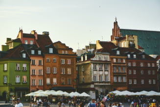 Polonia intra in carantina nationala si impune interdictia de circulatie de Anul Nou