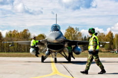 Polonia vrea sa cumpere zeci de avioane F-16 la mana a doua de la americani